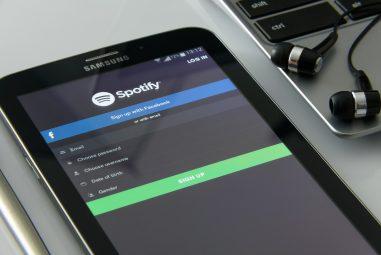 Lyssna på musik överallt med hjälp av Spotify